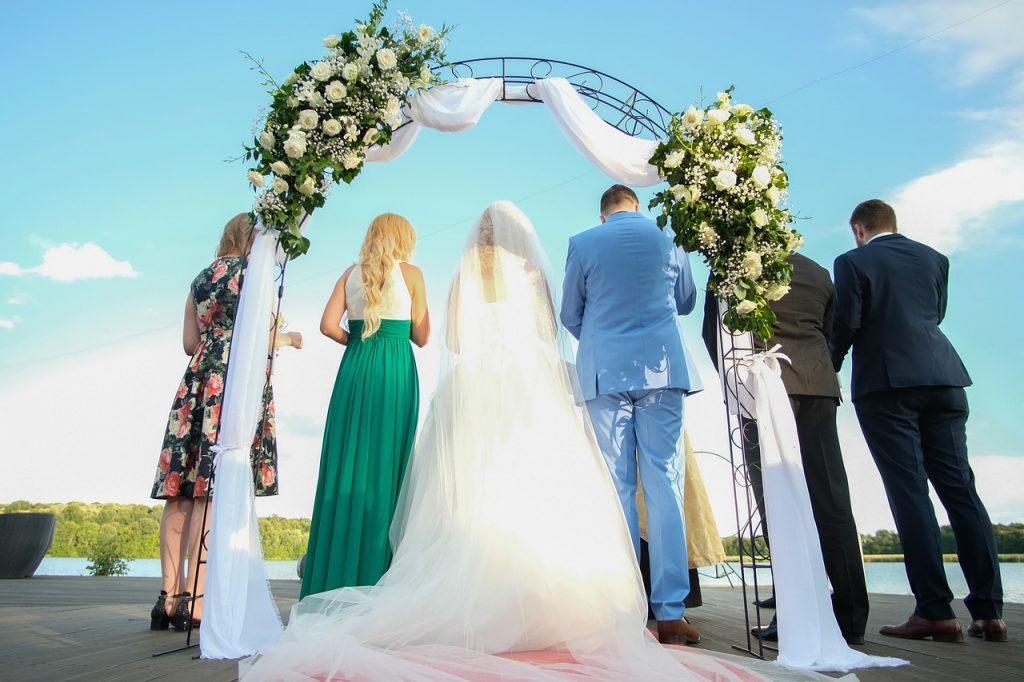 5 upeaa tapaa poistaa stressi ennen häitäsi