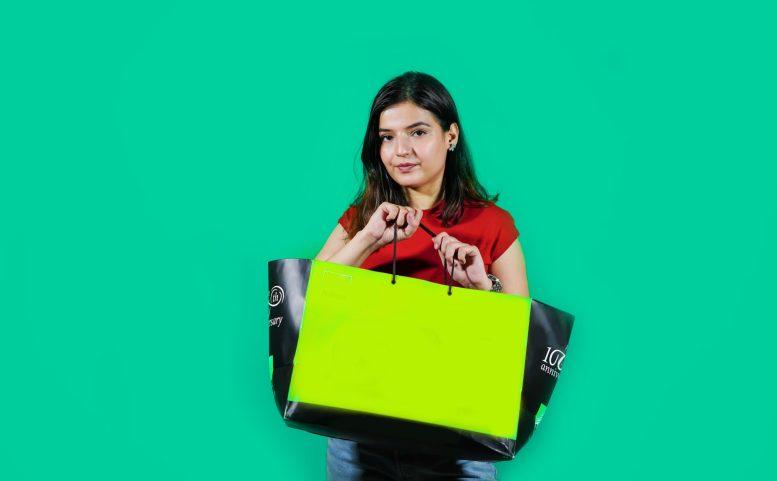 Neljä yksinkertaista tapaa tehdä ruokaostoksistasi vihreämpiä